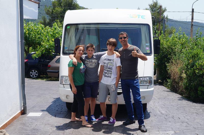 autocaravana y viajeros