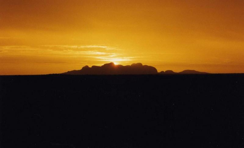 8. Puesta Sol desierto australiano