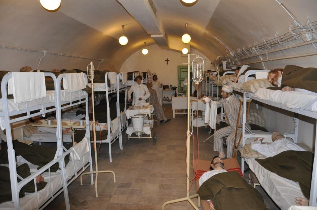 Sziklakórház (1)